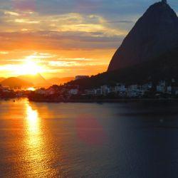 Sonnenaufgang am Zuckerhut